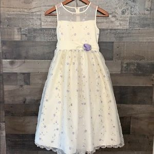 Stunning Flower Girl Dress